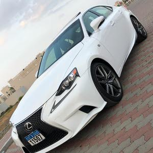 Automatic Lexus 2014 for sale - Used - Sohar city
