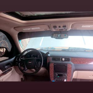 For sale 2018 Gold Tahoe