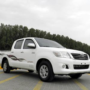 Toyota Hilux 2013 2.7 only 52000 km