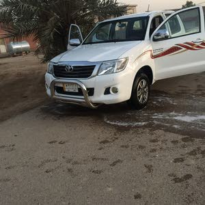 1 - 9,999 km Toyota Hilux 2013 for sale