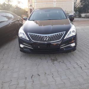 Automatic Brown Hyundai 2014 for sale