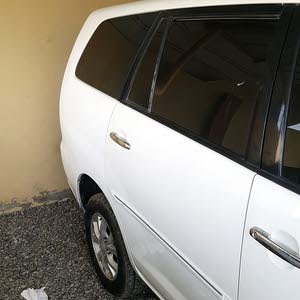 Toyota Innova 2006 For sale - White color