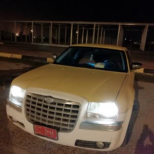 Automatic Yellow Chrysler 2009 for sale