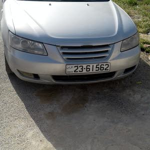 For sale Hyundai Sonata car in Amman
