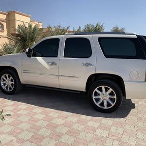 GMC Yukon car is available for sale, the car is in Used condition