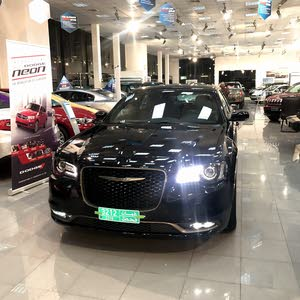 Chrysler 300C 2016 For sale - Black color