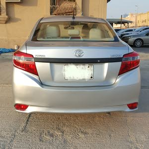 Toyota yaris 2014 excellent condition