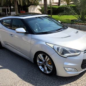 Available for sale!  km mileage Hyundai Veloster 2014
