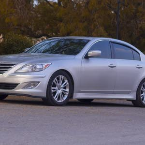 Hyundai Genesis 2012 For sale - Grey color