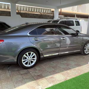 Lexus ES 2012 For sale - Grey color