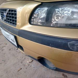 سيارة فولفو للبيع