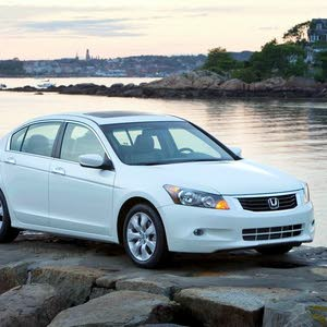 Honda Accord 2009 For sale - White color