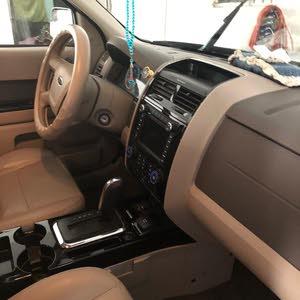 Used condition Ford Escape 2010 with 70,000 - 79,999 km mileage