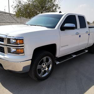 Chevrolet Silverado 2014 For sale - White color