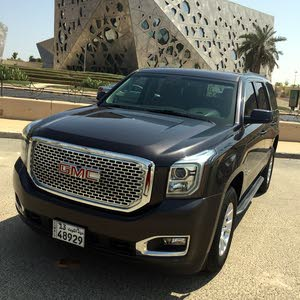 GMC Yukon for sale in Mubarak Al-Kabeer