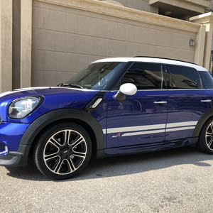 Used condition MINI Countryman 2015 with 90,000 - 99,999 km mileage