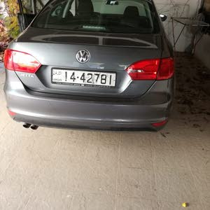 Automatic Grey Volkswagen 2012 for sale