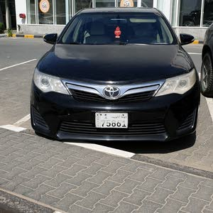 Toyota camry 2015 model for sale.