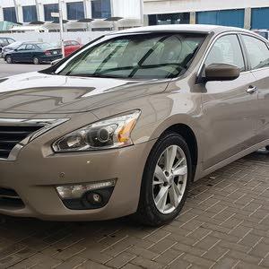 Beige Nissan Altima 2013 for sale