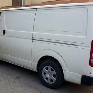 2013 Used Hiace with Manual transmission is available for sale