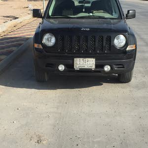 Automatic Jeep 2014 for sale - Used - Basra city