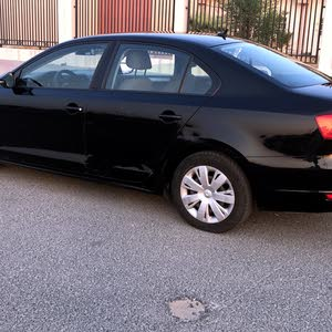 Automatic Volkswagen 2012 for sale - Used - Al Jahra city