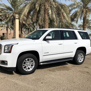 Available for sale!  km mileage GMC Yukon 2018