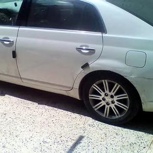 For sale Toyota Avalon car in Tripoli