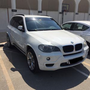 BMW X5 2010 V6 3.0 in excellent condition