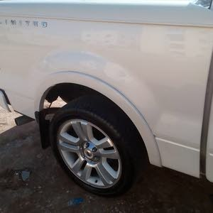 Ford F-150 2008 For sale - White color