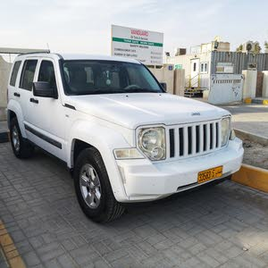Automatic Jeep 2011 for sale - Used - Liwa city