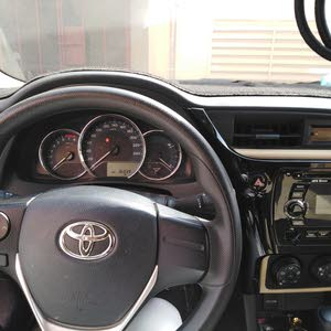 Automatic Toyota 2018 for sale - Used - Jazan city