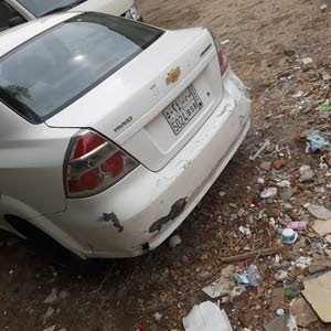 White Chevrolet Aveo 2011 for sale