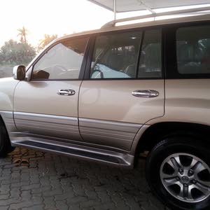 Used condition Lexus LX 1999 with +200,000 km mileage