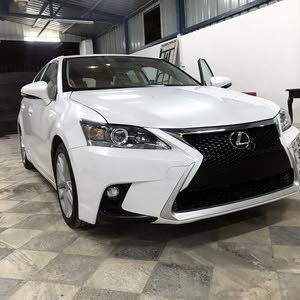 Used condition Lexus CT 2017 with 10,000 - 19,999 km mileage