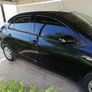 Toyota Yaris 2010 For sale - Black color