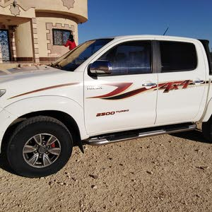 Toyota Hilux 2014 for sale in Mafraq