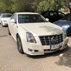 Automatic Cadillac 2013 for sale - Used - Mubarak Al-Kabeer city