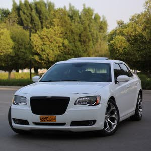 Available for sale! 190,000 - 199,999 km mileage Chrysler 300C 2012