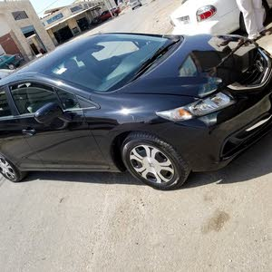 Used condition Honda Civic 2015 with 60,000 - 69,999 km mileage