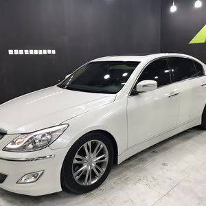 White Hyundai Genesis 2012 for sale