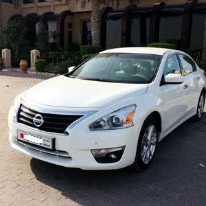 Nissan Altima 2.5 SV 2016 Model Less Than Market Price