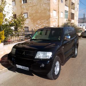 Black Mitsubishi Pajero 2006 for sale