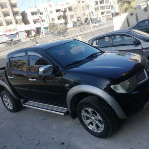 Mitsubishi L200 2014 For sale - Black color