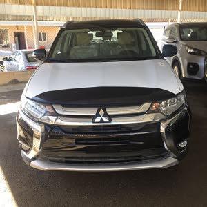 Mitsubishi Outlander 2016 For sale - Black color