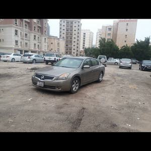Automatic Gold Nissan 2008 for sale