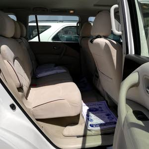 Nissan Patrol oman agency for only sale 2015