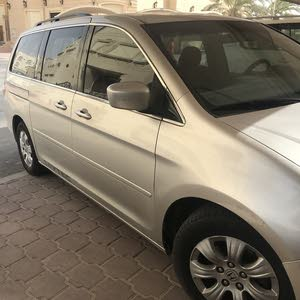 Available for sale! +200,000 km mileage Honda Odyssey 2005