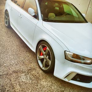 Audi A4 2013 For sale - White color