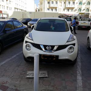 نيسان جوك2016 بدون حوداث استخدام طبيب سيرفس وكالة عمان